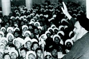 نطق کوبنده امام در فروردین ماه 43 / ما با این مظاهر استعمارى مخالفیم