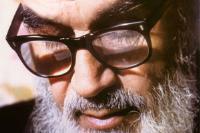 آن قدر که اسلام از این مقدسین روحانی نما ضربه خورده است، از هیچ قشر دیگر نخورده است