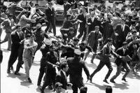 مروری بر قیام پانزده خرداد 1342 به عنوان زمینه ساز انقلاب اسلامی