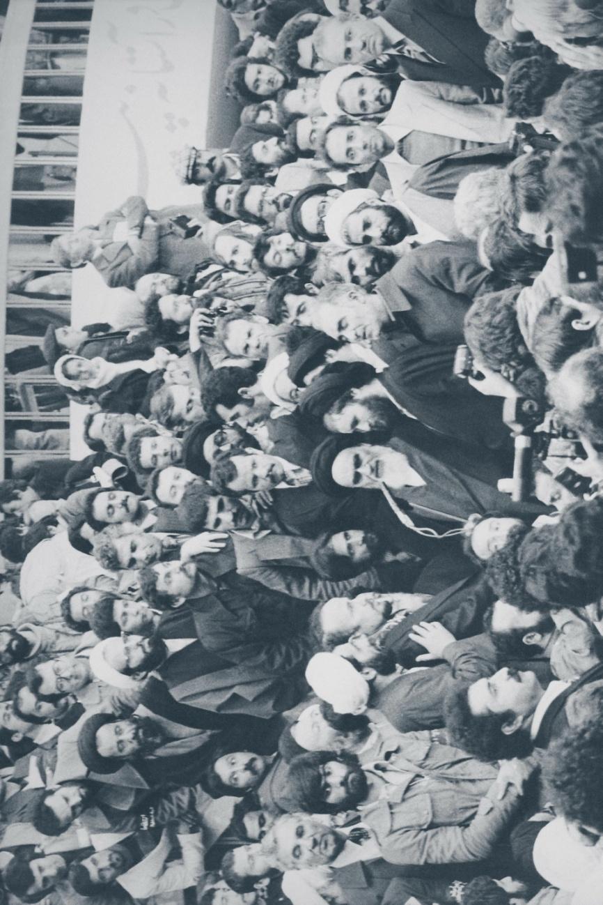 13- سخنرانی امام در فرودگاه مهرآباد - 12 بهمن 57