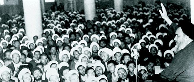 سخنرانی تاریخی امام پس از آزادی از حصر: خمینى را اگر دار بزنند تفاهم نخواهد کرد