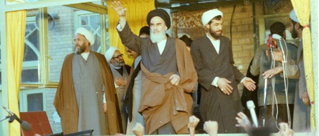 «جمهوری اسلامی»؛ نه یک حرف زیادتر و نه یک حرف کمتر