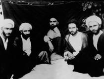 امام برای اساتید خود ارزش والایی قائل بودند