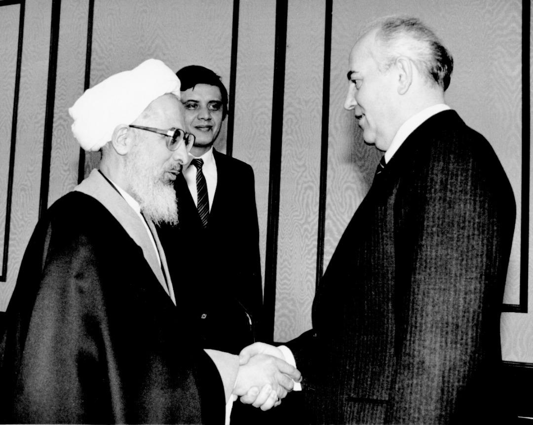 هیات حامل نامه امام خمینی به گورباچف